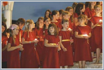 Children at the Altar during Apparitions celebration